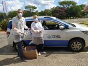 Álcool em gel doado pela Unesc é distribuído entre pessoas em situação de rua
